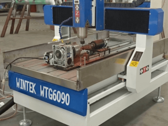 6090 4 axis cnc router with rotary engraving wood